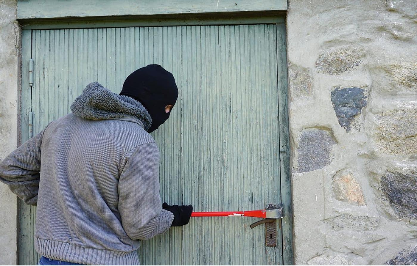 Robberies - house break ins